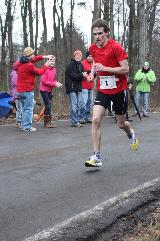 Souveräner Einstieg in die Berglauf-Saison für Jonas Lehmann und Melanie Noll – 22. Donnersberglauf in Steinbach mit über 500 Finishern